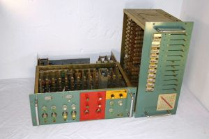 Kraftwerk_Vocoder_custom_made_in_early1970s
